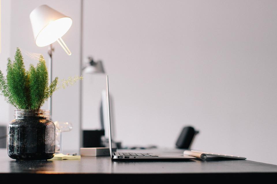La luce in ufficio diventa modulabile