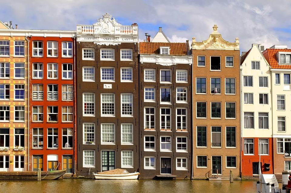 il costo delle case cresce in Europa