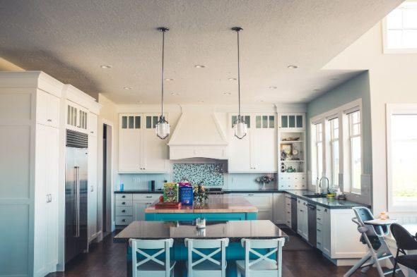 Nuove tendenze: oggi la casa da sogno ha la cucina a vista ...