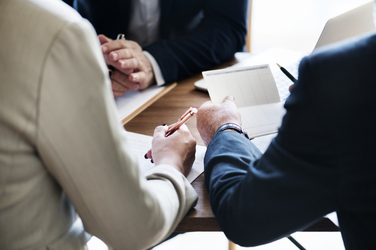 Competenze utili per entrare nel settore degli investimenti immobiliari: la lista di Forbes.