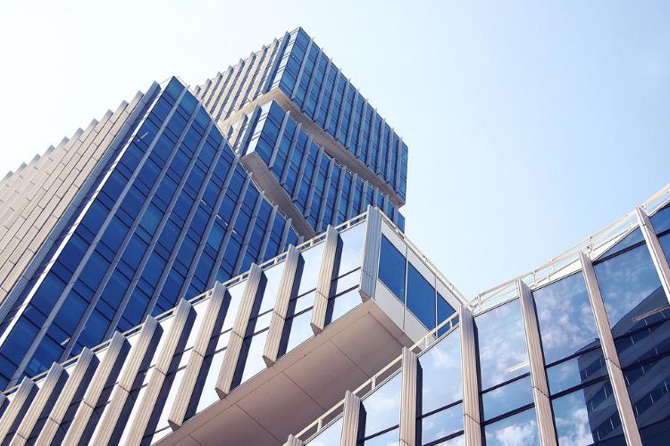 Oltre 90 investitori per il primo progetto italiano di equity crowdfunding immobiliare, che chiude con un successo.