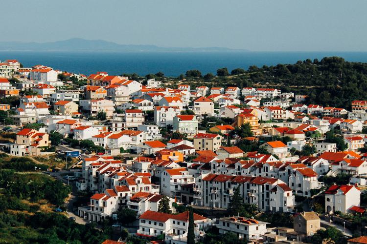 Sondaggio sulle tipologie di case più vendute in Italia.