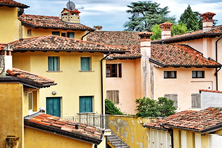 Il mattone è l'asset preferito dagli italiani.