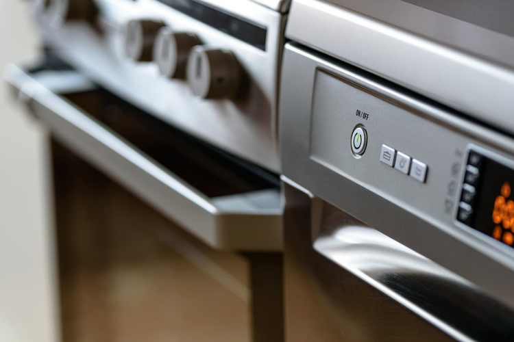 Monitorare i consumi elettrici dentro casa.