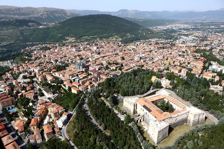 La città di L'Aquila dall'alto