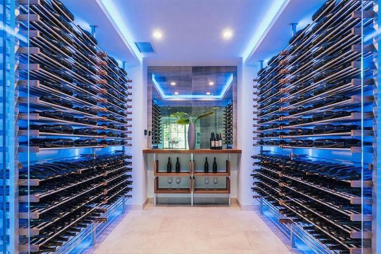 La nuova villa di Madonna - la cella del vino