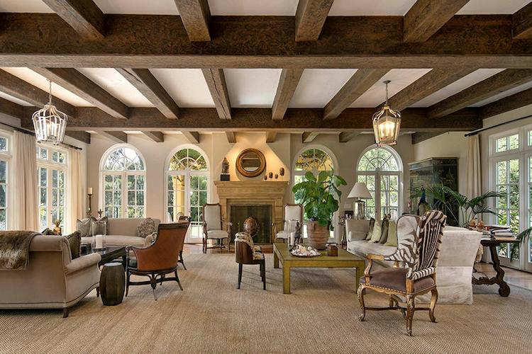 Il salone della Villa di Adam Levine