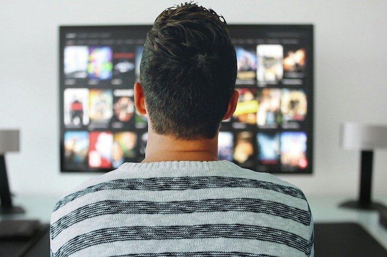 Bonus tv 2021, 100 euro senza Isee