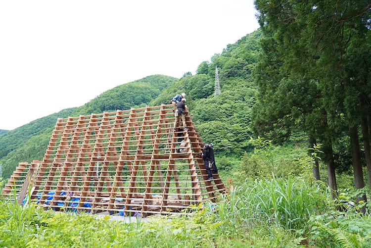 House for Marebito, costruzione
