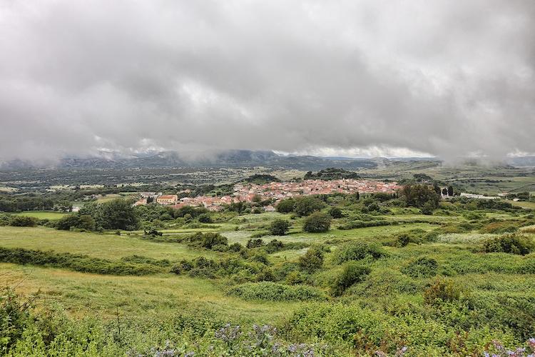 Il panorama del Meilogu, regione interna della Sardegna in cui si trova il Comune di Romana