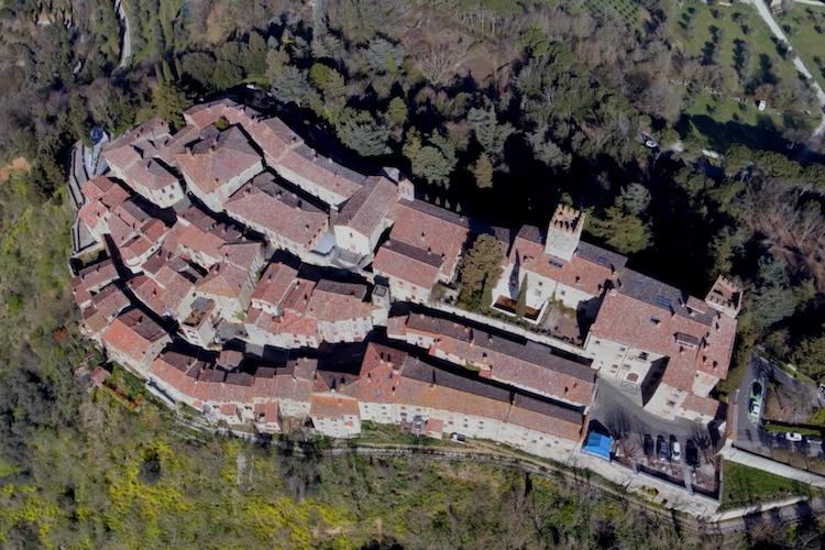 Il borgo di Parrano, in Umbria, provincia di Terni