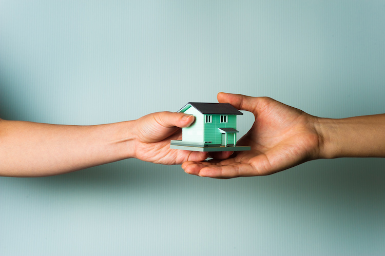 Successione di una casa in eredità